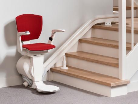 le monte escaliers id al pour votre escalier otolift. Black Bedroom Furniture Sets. Home Design Ideas